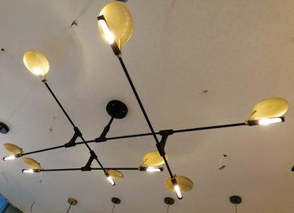 Flying Plates Metal Pendant Light -lobby