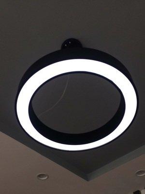 Circular Sleek Pendant Light - Bar Counter